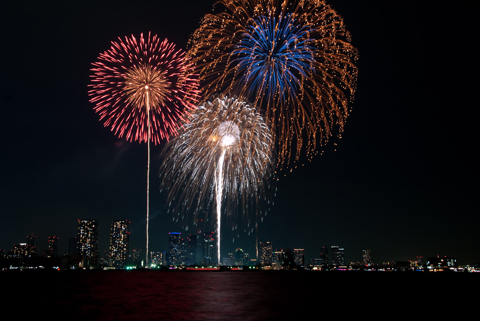 A Dance of Color on the Starry Night Sky, Sumida River Fireworks