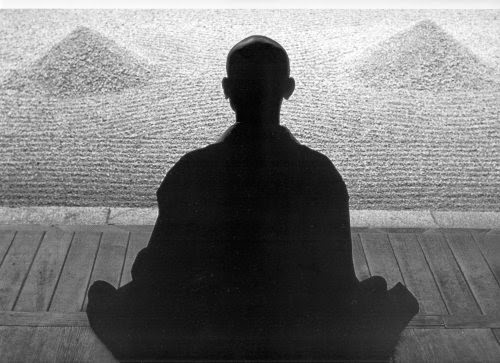 Ease your mind and find peace through Zen Meditation~