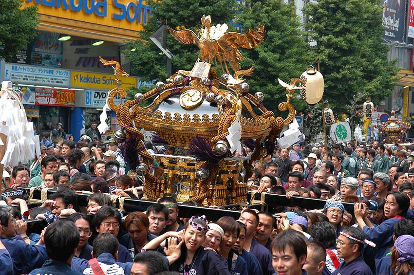 Parades of Hundred Portable Shrines, Kanda Matsuri!