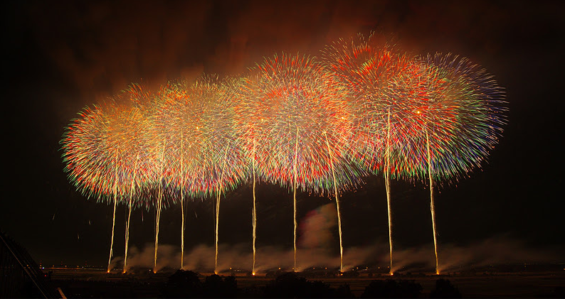 'Wild Dance of a Phoenix' , the World Biggest Firework in Konosu Fireworks Festival