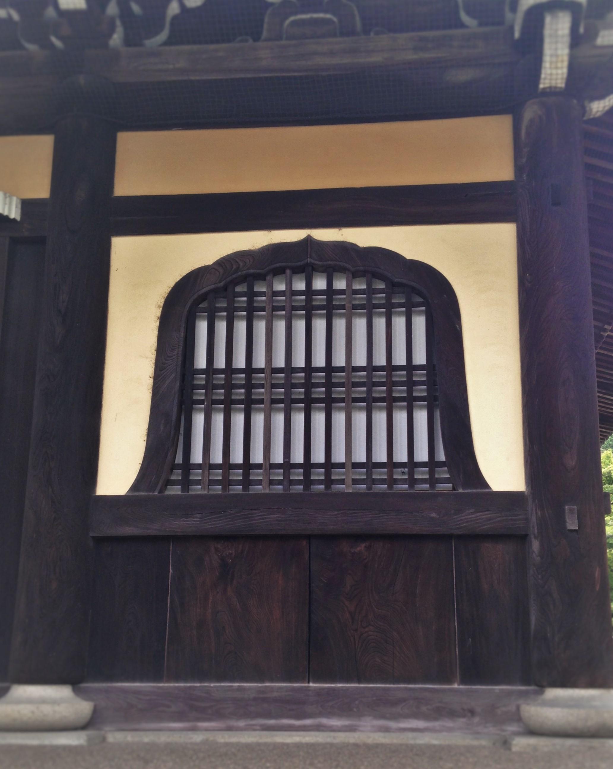 南禅寺㈪花頭窓
