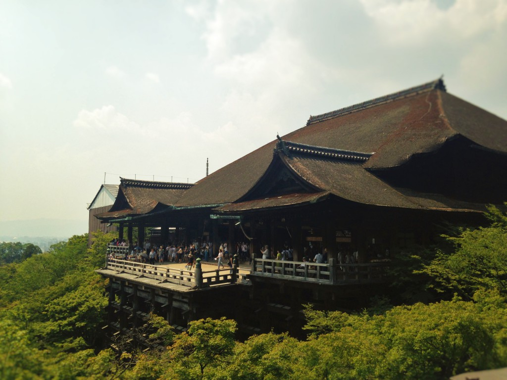 5 Things to do in Kiyomizu Temple